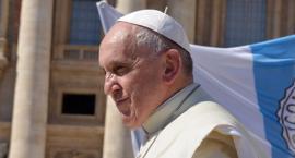 Papież Franciszek chce zmienić modlitwę Ojcze nasz